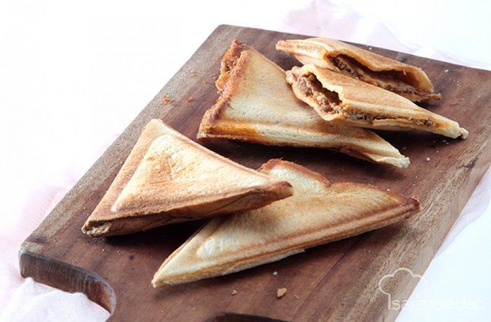 rewsep variasi cemilan roti tawar bakar isi coklat